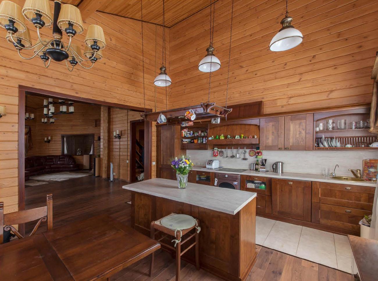 Дизайн кухни на даче фото из вагонки.